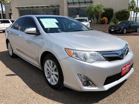 Pre-Owned 2014 Toyota Camry Hybrid XLE FWD 4D Sedan