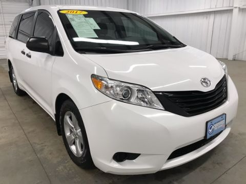 Pre-Owned 2017 Toyota Sienna L FWD 4D Passenger Van